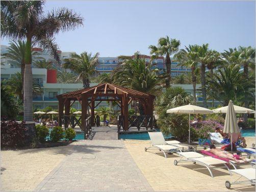 Walk From Pajara Beach Hotel To Sotavento Beach